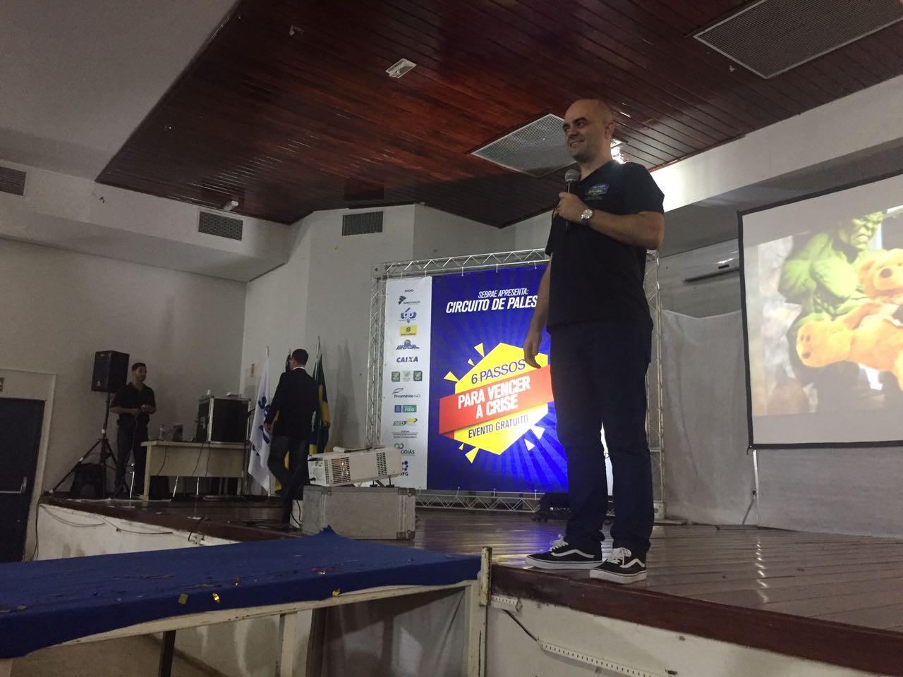 Leandro Branquinho - Palestrante de Vendas em Posse - GO