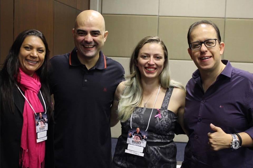O Palestrante Leandro Branquinho com a equipe responsável pelo evento: Dani, Francine e Marcus