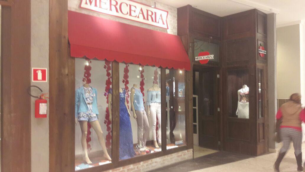 Um nome, no mínimo curioso, para uma loja de moda :)